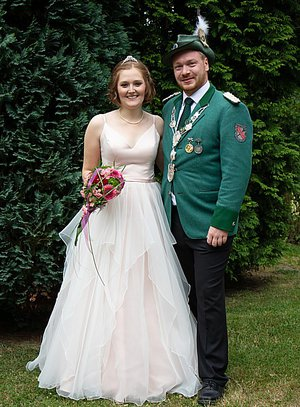 """Auch unser Königspaar Stefan und Sandra (wegen Corona mittlerweile im 3. """"Amtsjahr"""") hofft auf das Schützenfest 2022 !"""